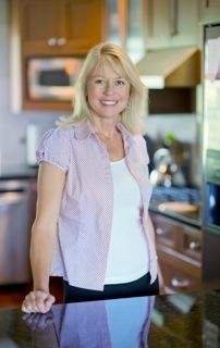 Julie-Clarke-professional-organizer